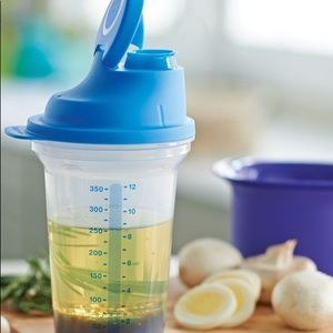 Tupperware All in one Shaker